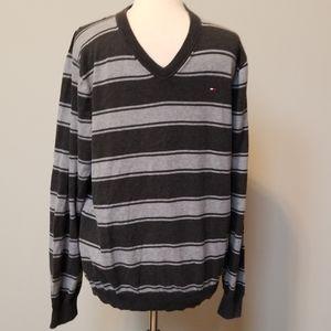 Men's Tommy Hilfiger V-neck sweater size L